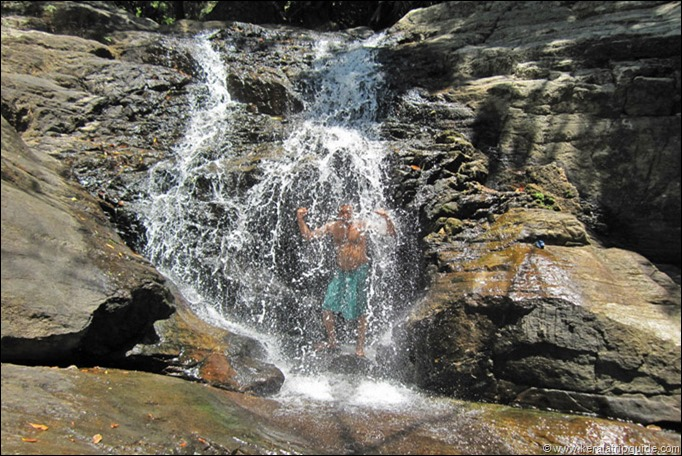 Vazapaithiyar waterfall